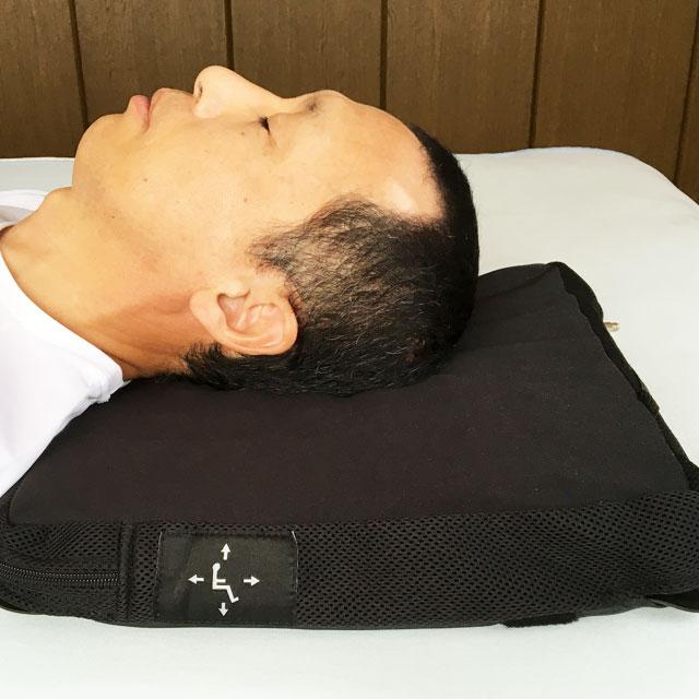 後頭部の床ずれ予防用に枕として使用。なかなか治らなかった床ずれが完治した事例もあります。