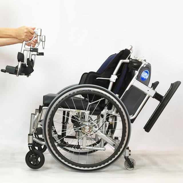 肘掛けが跳ね機能。フット&レッグサポート着脱機能。移乗に便利。また下肢駆動に便利な機能を備えています。